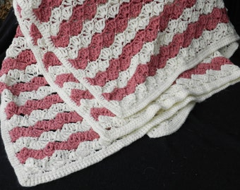 Simple Stripes of Rose and Cream Fans Afghan