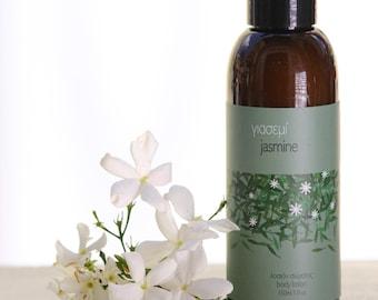 Body lotion with jasmine blossom