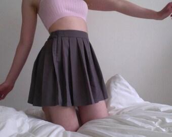 90's Pleated Dark Grey Schoolgirl Skirt