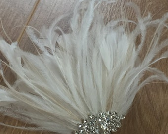 Bridal Hair Clip Bridal Feather Fascinator, Feather Hair Piece, Wedding Hair Accessory, ivory  and white hair clip