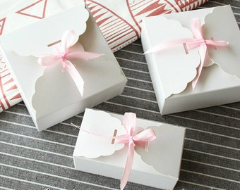 70 Small White card Boxes - DIY Craft Baking Jewelry Accessories Packaging / Wedding Party Gift Boxes