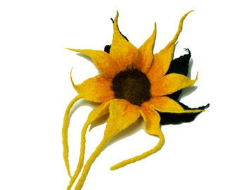 Flower brooch, felted brooch, felted flower, Felted sunflower, feltmondo