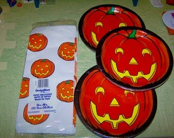 American Greetings Halloween JOL pumpkin jack o' lantern plates paper table cover DesignWare