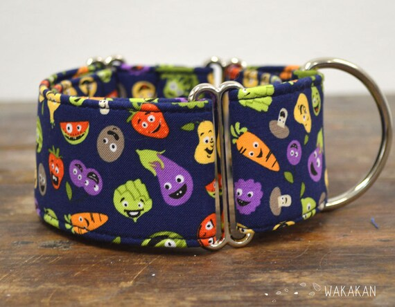 Martingale dog collar model Veggie Party. Adjustable and handmade with 100% cotton fabric. Fruits and vegetables pattern Wakakan