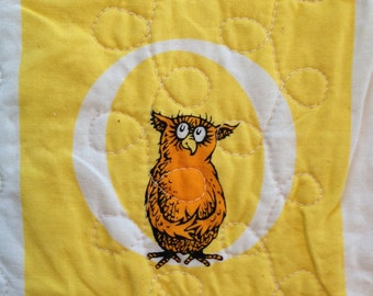 O is for Owl,  Dr Seuss Alphabet Quilt