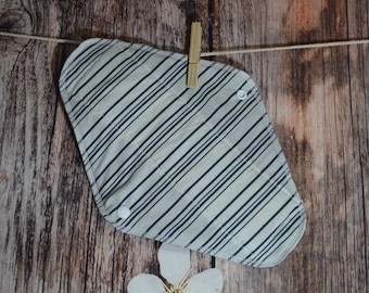 SALE 11.5″ Large Pad – Moderate to Heavy Flow – Stripes