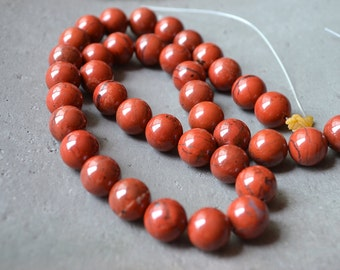 Round Natural Red Chalcedony Beads Red Crystal Quartz Spacer Ball Bead Healing Crystal Wholesale