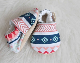 Aztec Pattern Baby Shoe, Baby Girl Shoes, Baby girl moccs, Tribal Baby Girl Shoe, Pink baby Moccs, Mint Baby Moccs, Aztec baby Moccs