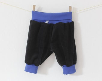 ON SALE Comfortable baby pants. Baggy black infant pants with cuffs and waistband. Velvet harem pants. Soft baby pants