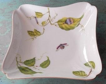 Lovely Godinger Decorative Dish!