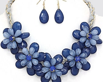ON SALE Flower beaded necklace, Blue necklace, statement blue necklace, Bib necklace, double flower, gift idea, Mother's Day gift.