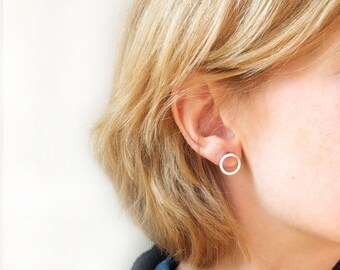 open circle earrings, karma studs, round circle post earrings in silver, simple circle studs