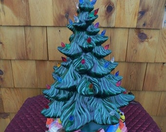 """ATLANTIC Mold CHRISTMAS TREE Ceramic with Large Base 17"""" Tall, made in the 1970's."""