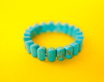Mexican turquoise oval bead bracelet.