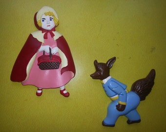 Vintage 1950s Chalkware Fairytail Set of TWO Little Red RidingHood and The Wolf Wall Hangings
