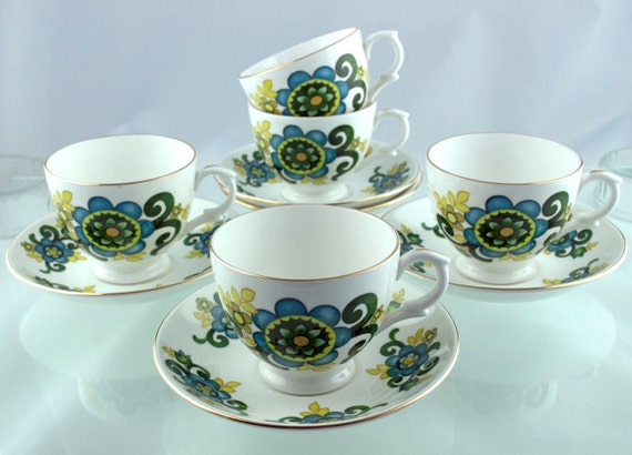 Rare Vintage 10-piece 1960s Floral Crown Sussex (aka Staffordshire) Bone China Tea Set - Cups and Saucers