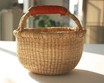 """Mini Bolga Storage Braided Basket Elephant Grass&Leather. Neutral. Ethical/Eco/Fairtrade. 8"""" x 8""""  Made in West Africa. Free world ship."""
