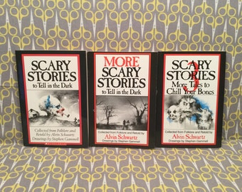 Scary Stories to Tell in the Dark short set - Alvin Schwartz scary horror trilogy original Vintage Paperback Books Stephen Gammell Art
