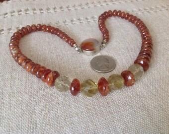 SALE 30%- Natural stone Necklace. CARNELIAN Fumè QUARZT vintage beads. Earth color. Vintage clasp.HW103
