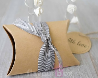 Kraft Pillow Boxes (10, 20, 30 or 40 boxes pack) ~ Wedding Bomboniere ~ Baby Shower Favour Box ~ Birthday Gift Box ~ Jewelry Rustic Box