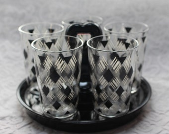 Black Heart Handled serving tray with black and white Shot glasses with Diamond shapes set of 5