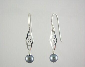 Fresh water pearl earrings -Sterling silver -Jewelry By A.H.