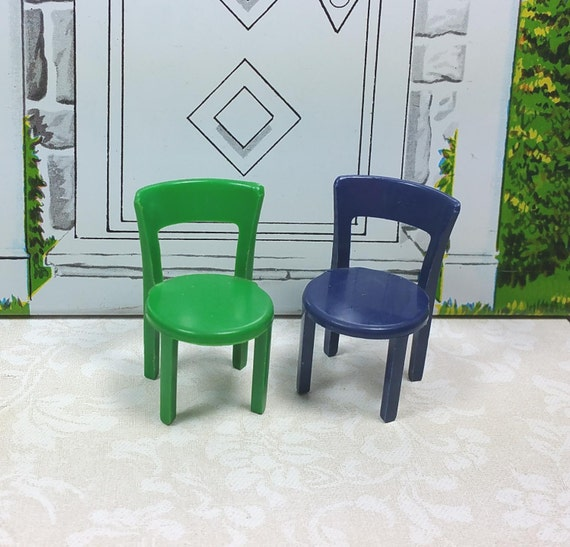MARX PATIO CHAIRS Set Of Two Hard Plastic Traditional