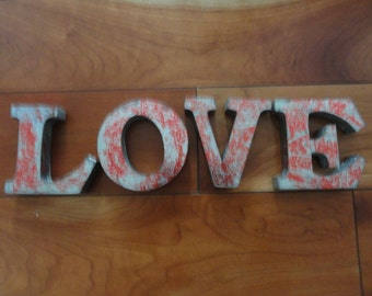 Fantastic retro 3 dimensional lettering LOVE sign SR