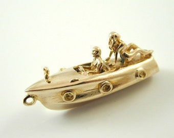 Speed Boat charm 9 ct YG date 1961 large 34 x 15 x 9 mm With Glamour girl 7.35 G