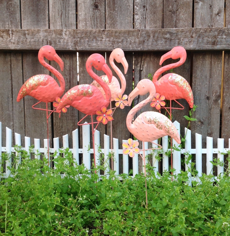 A flock of flamingos 5 garden stakes coral metal yard art for Daylight designs metal garden art