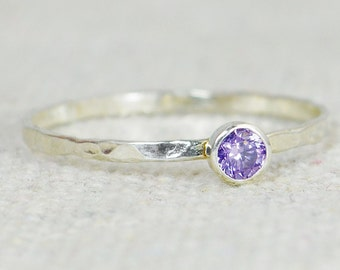 Dainty Amethyst Ring, Hammered Ring, Stackable Ring, February Birthstone, Amethyst Ring, Gemstone Ring, Promise Ring, Stacking Ring, Alari