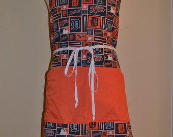 Detroit Tigers Full Apron with Contrasting Pocket