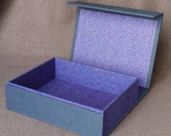 Magnetic clasp yozora box