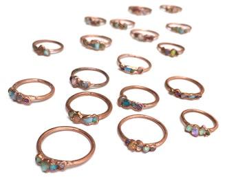 Alternative Engagement Ring // Opal Ring // October Birthstone // Raw Stone Ring /// Ethiopian Welo Opal Ring /// Boho Jewelry