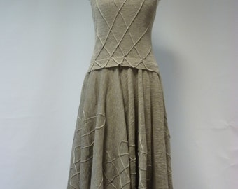 Sale, new price 99 EUR, original price 130.Beautiful natural linen dress, M size. Feminine look, very artsy.