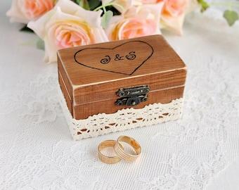 Custom Ring Box, Wedding Ring Bearer, Rustic Ring Box, Wooden Ring Box with Rersonalized Initials, Keepsake Ring Box, Rustic Wedding Decor