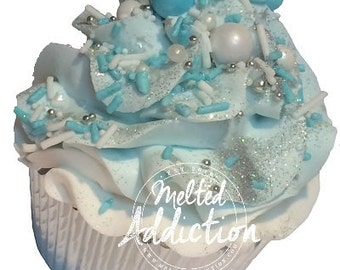 Pearl Necklace Cupcake Bath Bomb
