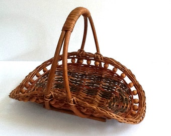 Mid Century Woven Wicker Flower Basket, Multi-Color Wicker, Wood Beads, Gathering Basket