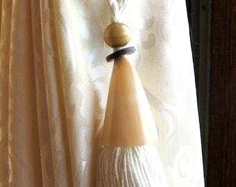 Two seashell curtain tie back - nautical tieback - beach decor - window curtain holdback - drapery tieback - tassel tieback