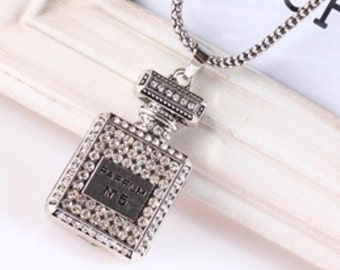 "Long magical sparkling rhinestone necklace pendant ""Perfume No. 5"""