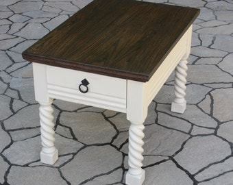 Table of extra, coffee table or bedside table