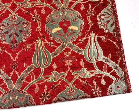 Jacquard Chenille Upholstery Fabric Floral Fabric With Tulip Clove Pattern Oriental Style