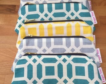 Grey lattice cosmetic / make up bag