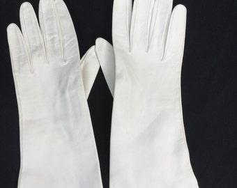 Vintage White leather gloves Italy Wedding