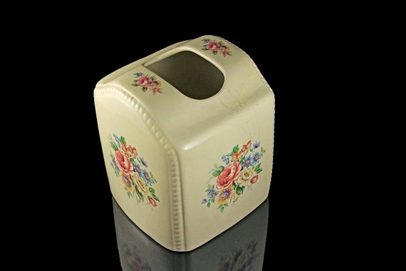 Tissue Box Cover, V B Athena, Floral Pattern, Made in the USA, Cream Color, California Pottery, Bath Decor, Nursery Decor, Bedroom Decor