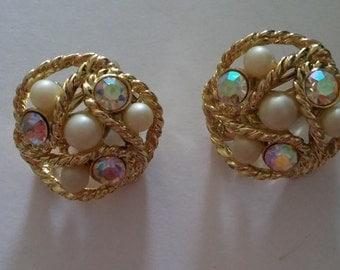 vintage gold color Aurora Borealis pearl earrings