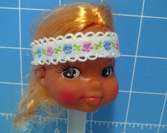 "Vinyl Indian Girl Doll Head Blonde Rooted Hair, White with White Trim and Flowers Headband, 3"" Tall with 3/4"" Neck"