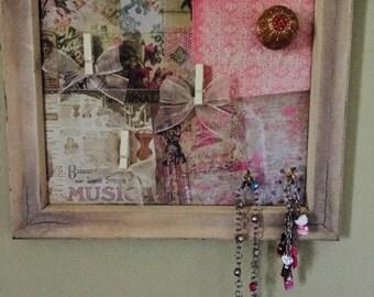 Little girl's jewelry holder~