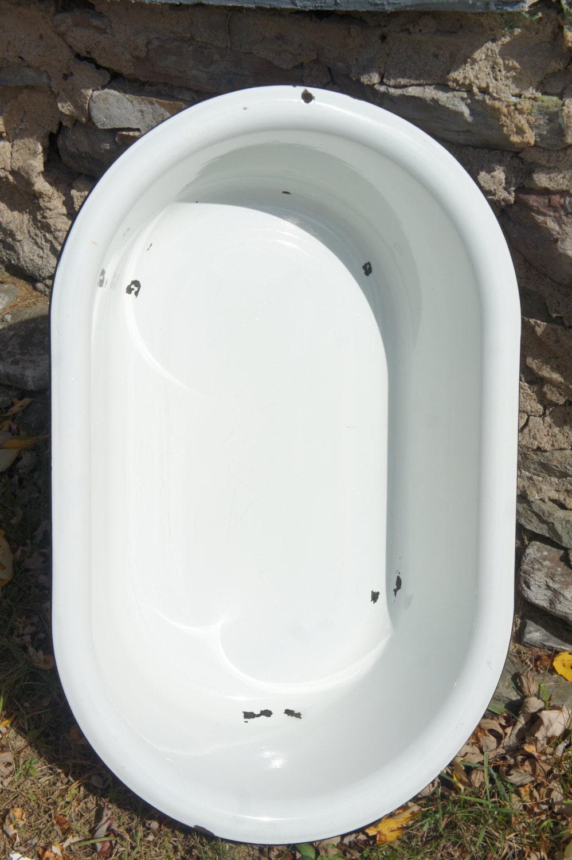 Vintage Graniteware Enamel Baby Tub Wash Basin