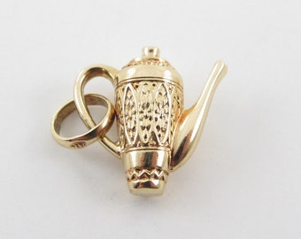 Vintage 18K Yellow Gold 3D Water Pitcher Charm Pendant